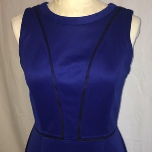 Vince Camuto knit dress blue & black Size 6